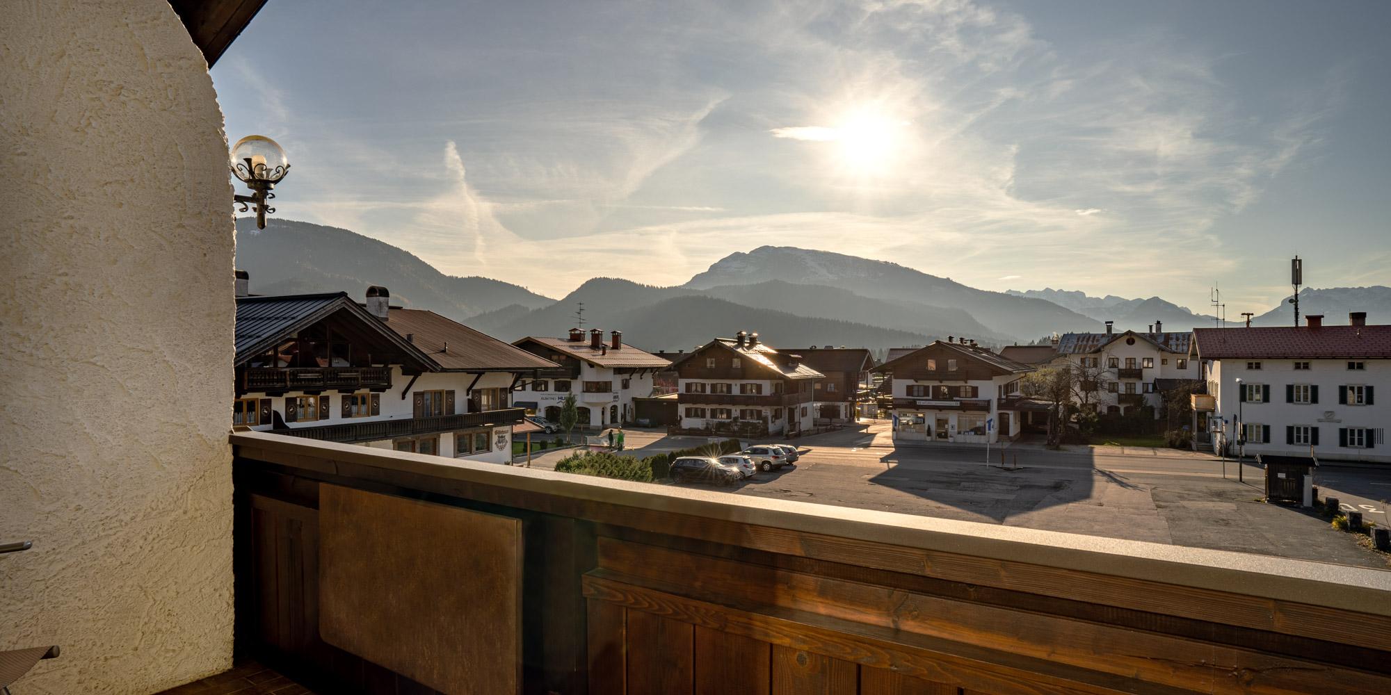 KaiserBlick_Balkon.jpg